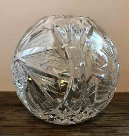 Pinwheel crystal rose bowl