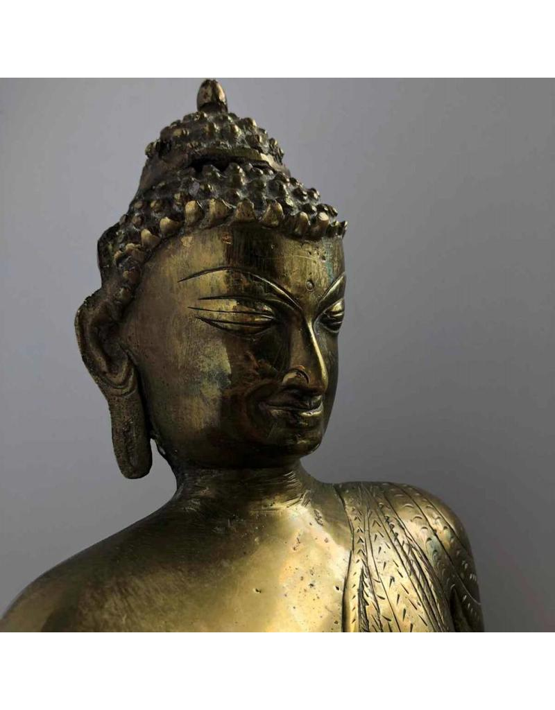 Buddha - gorgeous seated brass Buddha