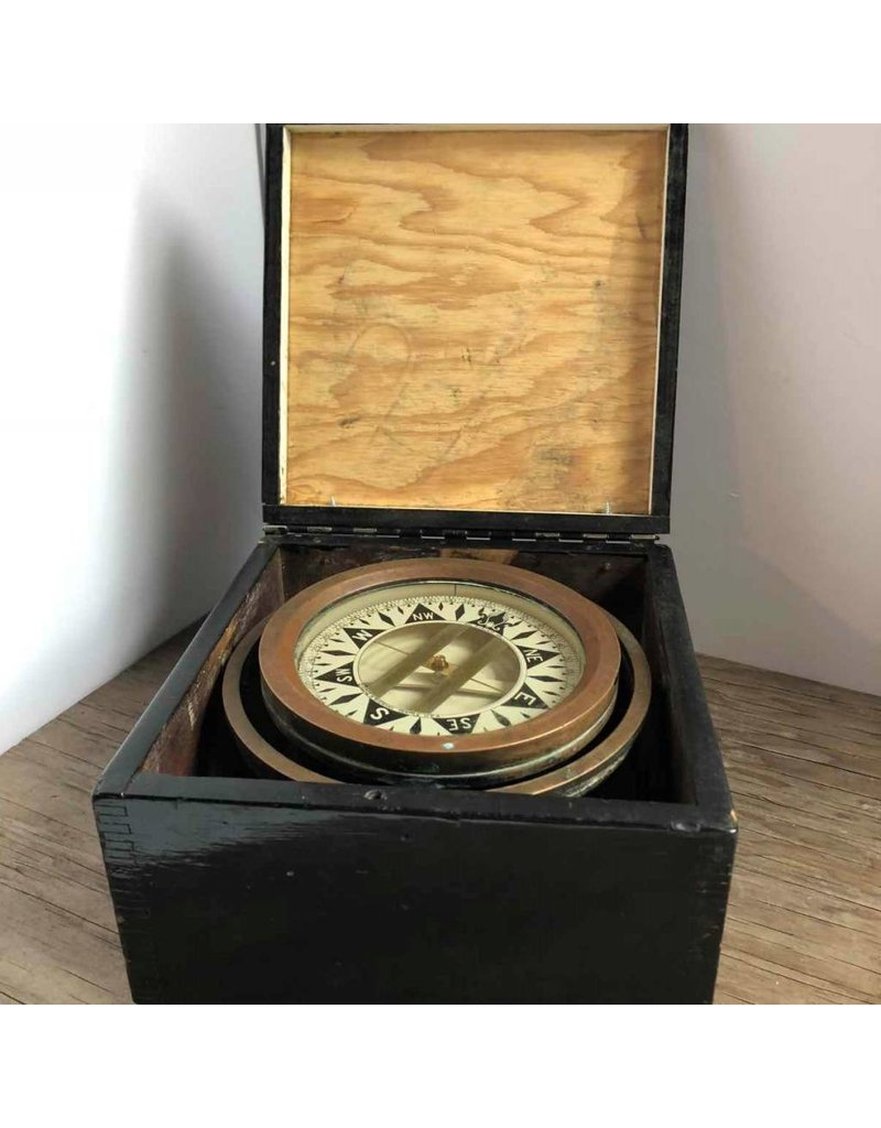 Compass - brass, in finger jointed wooden box, gimbaled