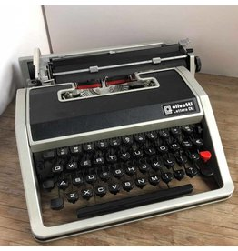 Olivetti Lettera DL/33 portable typewriter