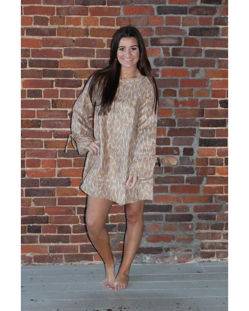 Loveriche Cinched Sleeve Dress