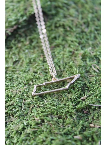 TN Outline Necklace Gold