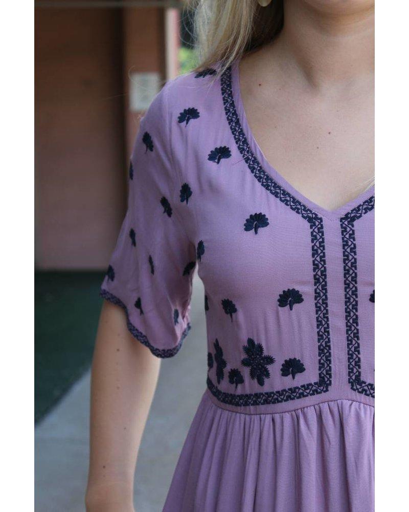 Polagram Embroidery Short Sleeve Maxi