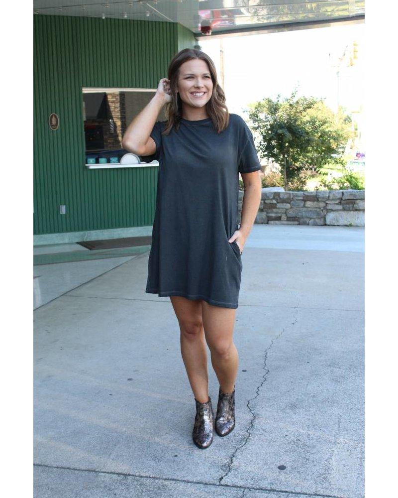 Piper Acid Wash Pocket Dress C41496