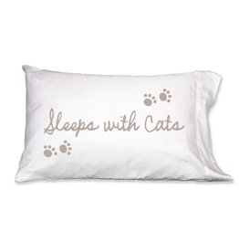 Faceplant Dreams Faceplant Dreams Sleeps w/Cats-Std (Single Pillow Case)