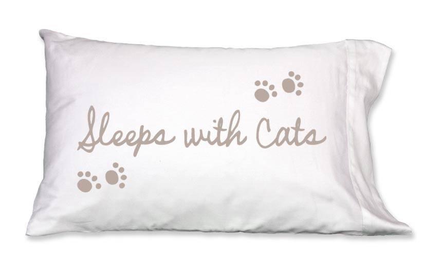 Faceplant Dreams Faceplant Dreams Sleeps w/Cats-Std (Single Pillowcase)