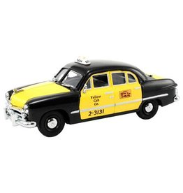 MTH - RailKing 3050076	 - 	1950 FORD TAXI 4DOOR