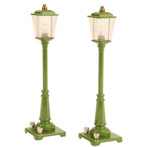 MTH - Lionel Corporation Tinplate 1190014 - TINPLATE No. 56 Gas Lamp Set GREEN