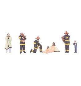 MTH - RailKing 3011060 - 6-Piece Figure Set FIRE SCENE