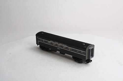 306081 - O27 Streamlined Coach Car
