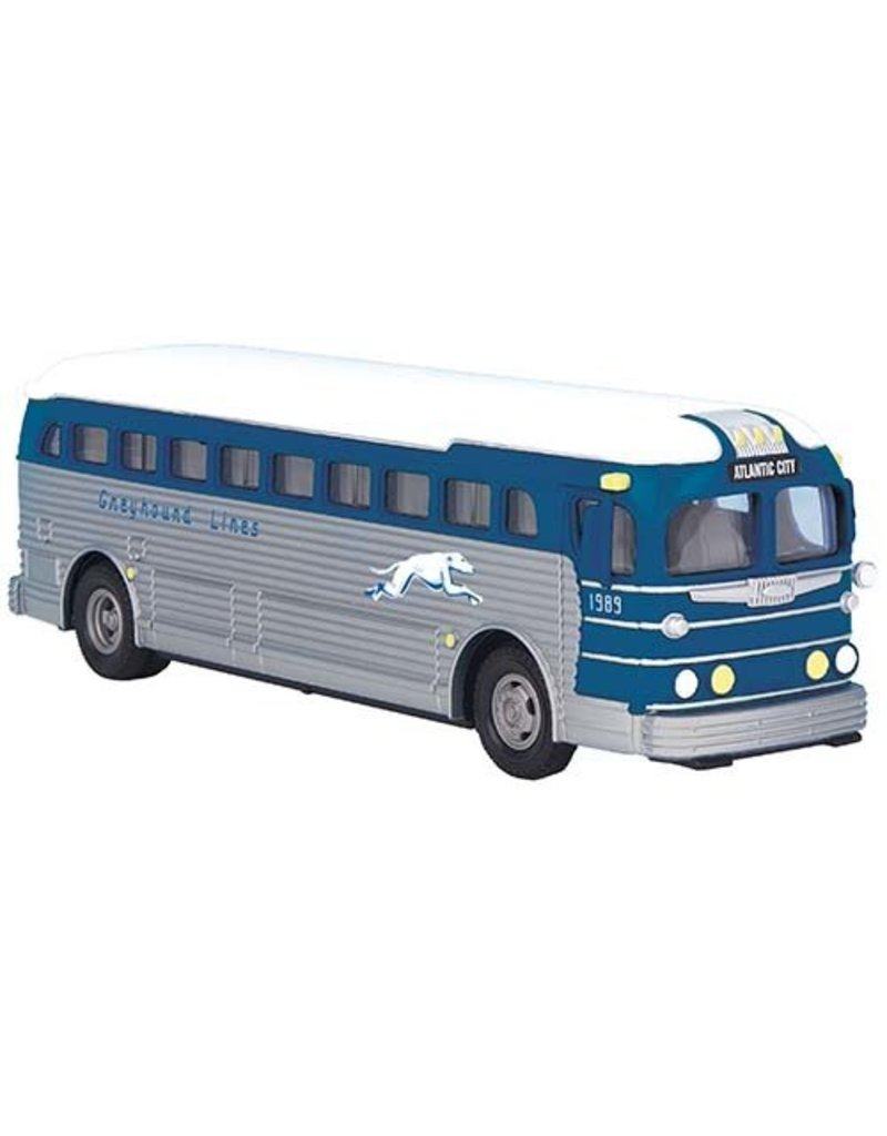 3050067	 - 	GREYHOUND BUS