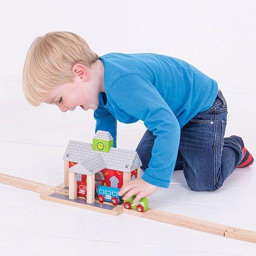 Big Jig Toys RAILWAY STATION - WOODEN TRAIN ACCESSORY