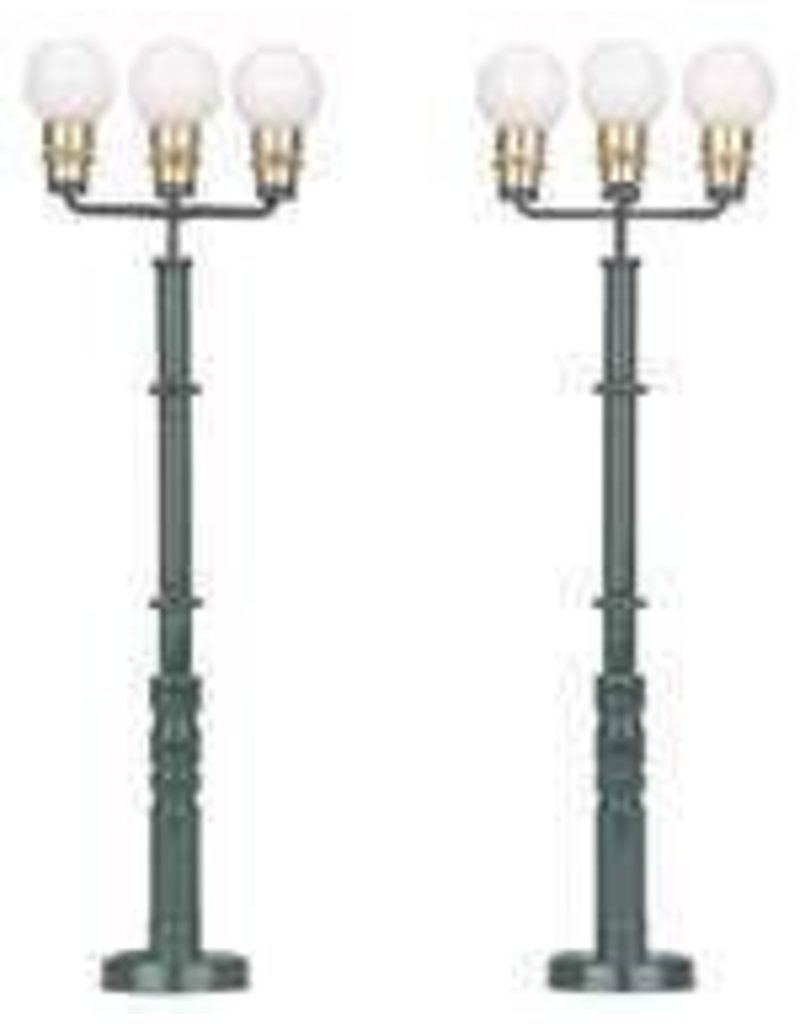 3011034	 - 	Triple Park Light 2PC