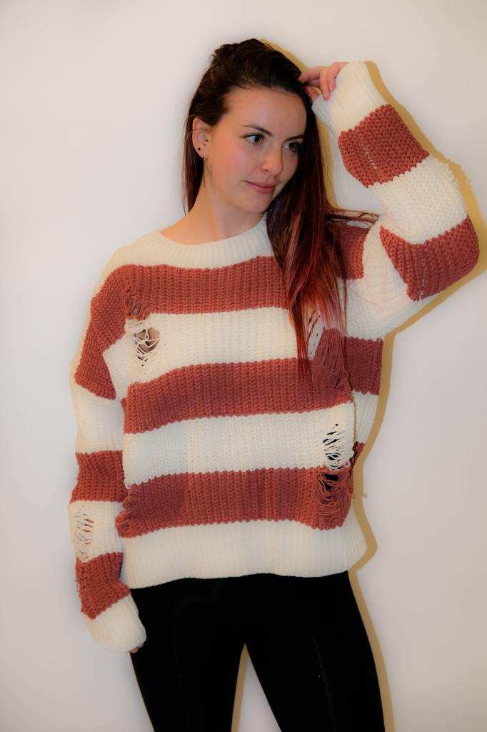 CZ43 - POL - Oversize Striped Knit Sweater