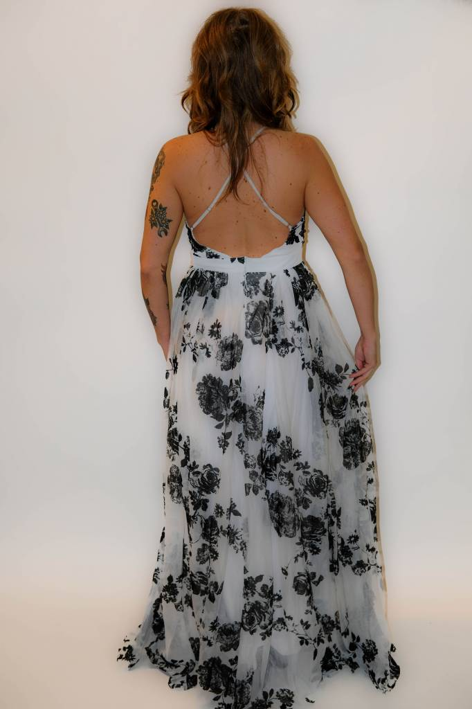CZ27 - Luxxel - Flower Mesh Gown