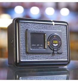 Pentax Pentax 645 220 rollfilm insert w/ case.
