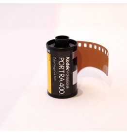 Kodak Kodak Portra 400 colour negative film. 135/36.