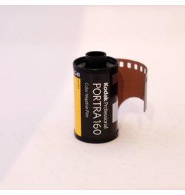 Kodak Kodak Portra 160 colour negative film. 135/36.
