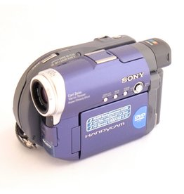 Sony Sony Handycam DCR-DVD101 camcorder (c.2004)