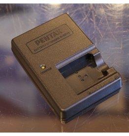 Pentax Pentax BC78 battery charger for D-LI78 batteries.