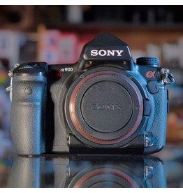 Sony Sony A900.