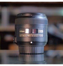 Nikon Nikon 40mm f2.8G AF-S DX Micro Nikkor.