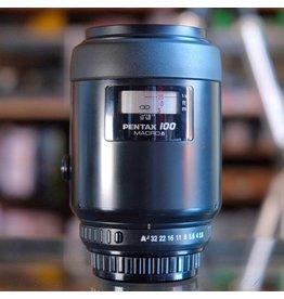 Pentax SMC Pentax-FA 100mm f2.8 Macro.