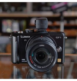 Panasonic Panasonic Lumix GF1 w/ G Vario 14-45mm.