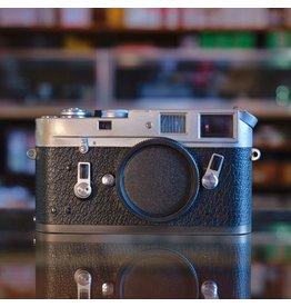Leica Leica M4.