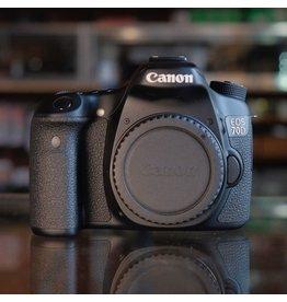 Canon Canon EOS 70D DSLR body.