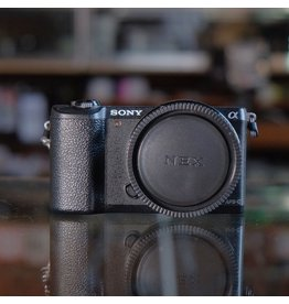 Sony Sony A5100.