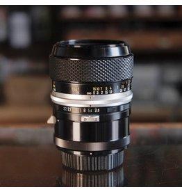 Nikon Nikon 55mm f3.5 Micro-Nikkor P Auto w/ M tube.