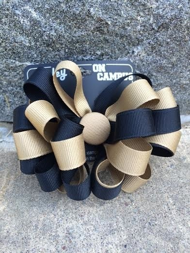 "Hair Bow/Multi Loop w/Button (5/8"")"