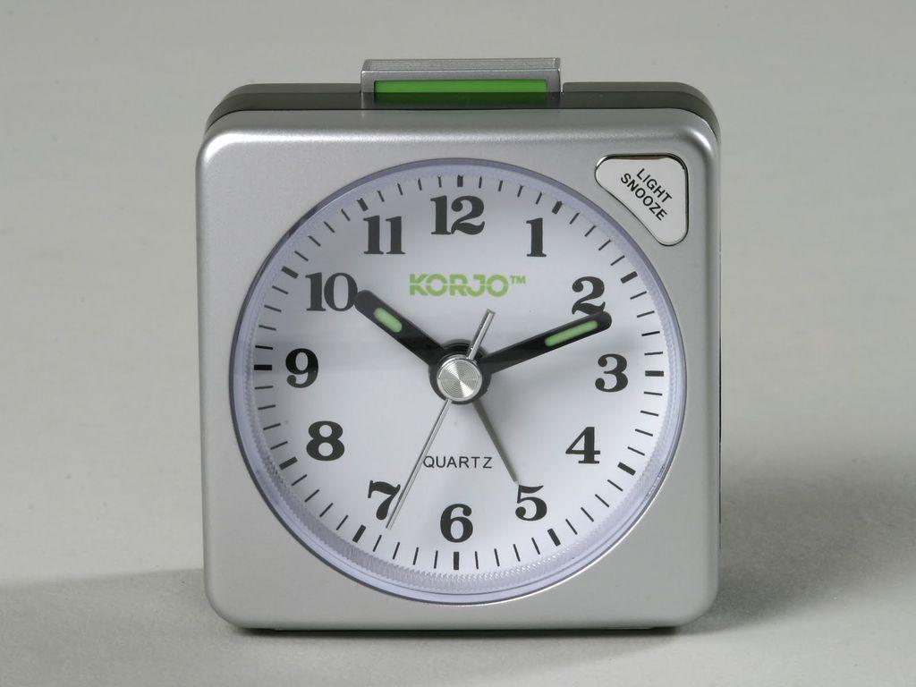 Korjo Korjo Analogue Alarm Clock