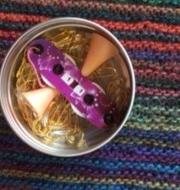 heartstrings 50 Metal Locking Stitch Markers Tin