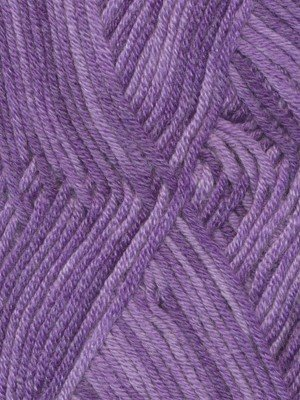 Debbie Bliss Debbie Bliss Baby Cashmerino Tonal 8 BLACKCURRANT