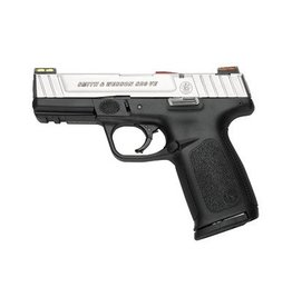 SMITH & WESSON SD9VE 9MM 2 10 ROUND MAGAZINES WITH FIBER OPTIC FRONT & REAR SIGHTS