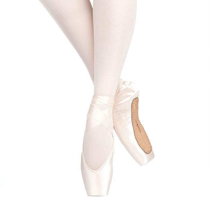 RUSSIAN POINTE RUBIN V-CUT V2 FLEXMEDIUM SHANK POINTE SHOE
