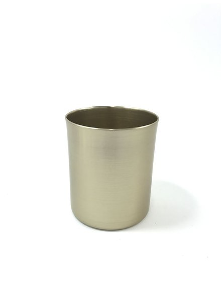 cilindro mediano de aluminio anodizado color laton claro birllante