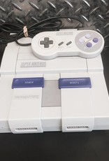 Original/Retro! Super Nintendo (SNES) Gaming Console - COMPLETE!