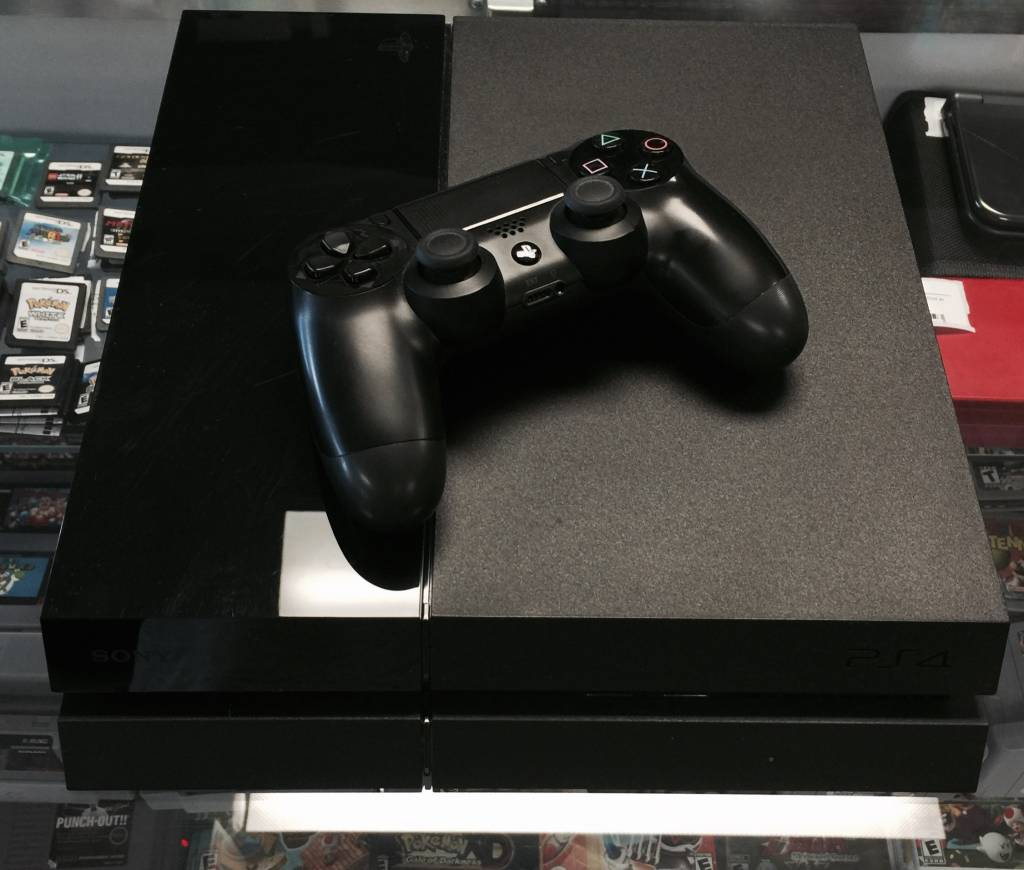 Pre-Owned Sony Playstation 4 (PS4) 500GB Console