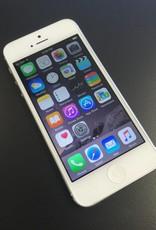 Unlocked - Apple iPhone 5 - 16GB - White
