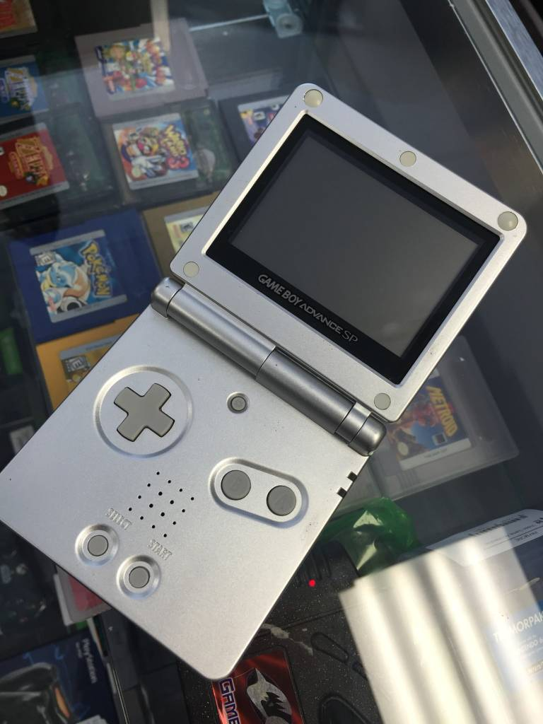 Nintendo Gameboy Advance SP - Silver/Gray Console & Charger