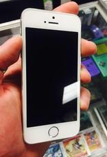 GSM/CDMA Unlocked - Apple iPhone 5S - 16GB - White/Silver