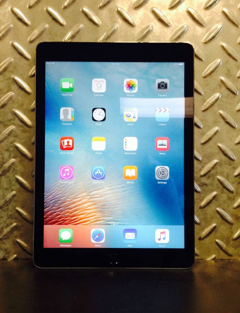 Verizon/GSM Unlocked - Apple iPad Air 2 - 16GB - Space Gray