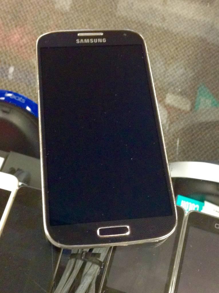 Verizon Only - Samsung Galaxy S4 - 16GB