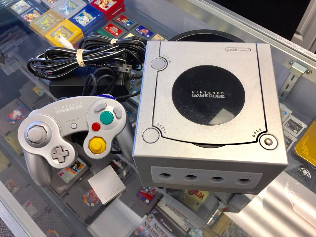 Nintendo Gamecube Console Silver/Platinum System w/ Memory Card