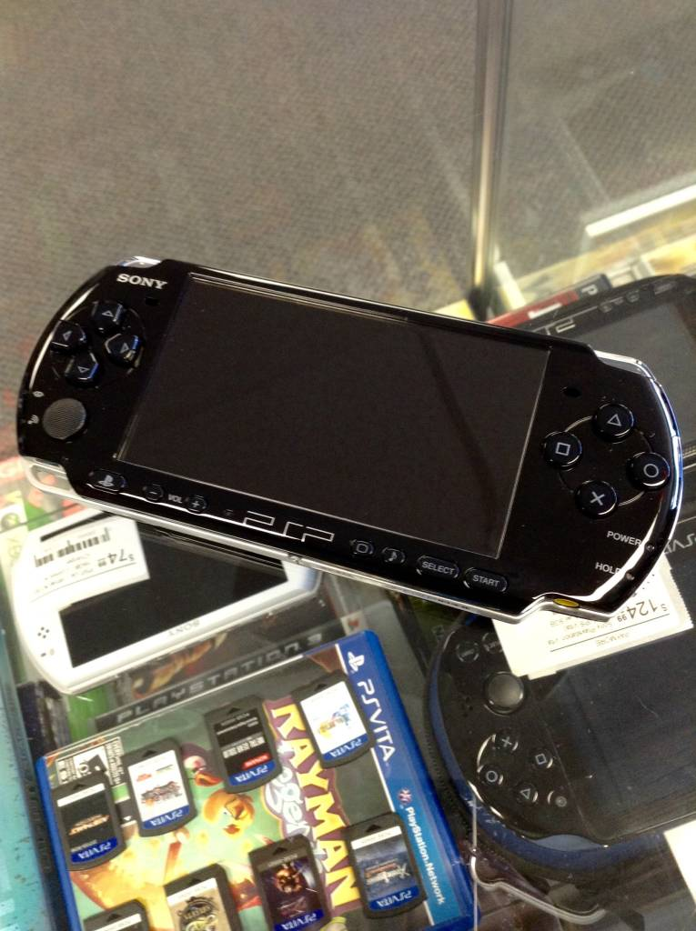 Sony PSP Portable PSP-3001 Slim - Black