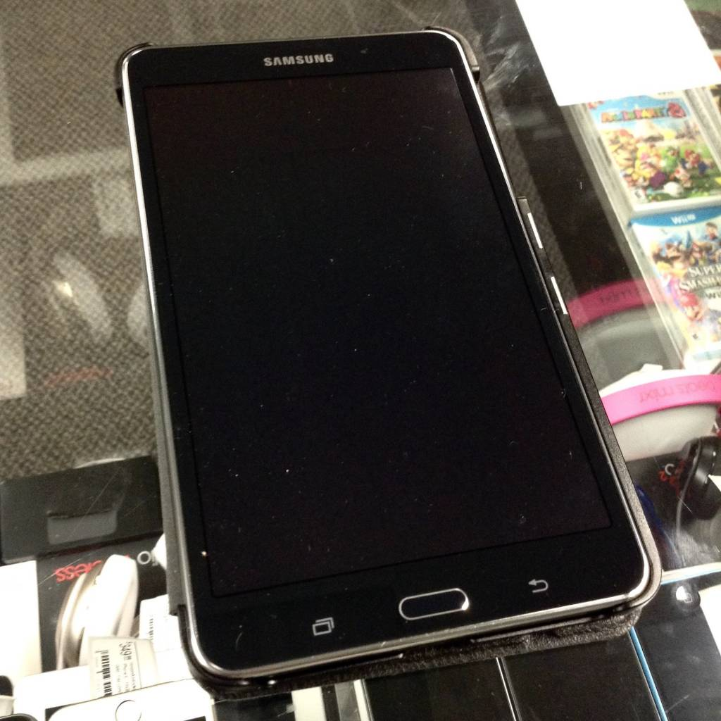 "Samsung Galaxy Tab 4 - 8GB - 7"" WIFI Android Tablet"
