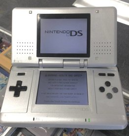 Original Nintendo DS - Grey - Comes with Charger & Stylus
